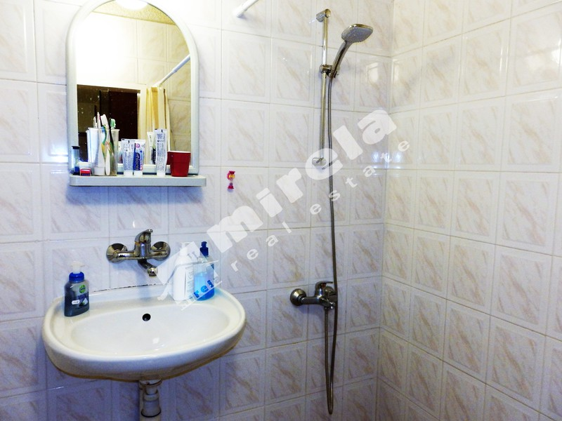 For Sale 2 Bedrooms City Of Sofia Belite Brezi