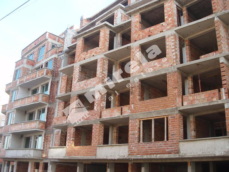 Куплю 2х комнатную квартиру в болгарии в поморие