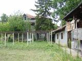 Продава КЪЩА/ ВИЛА/ СЕЛСКА КЪЩА, област Велико Търново, в района на Павликени, 460кв.м,   € 17000