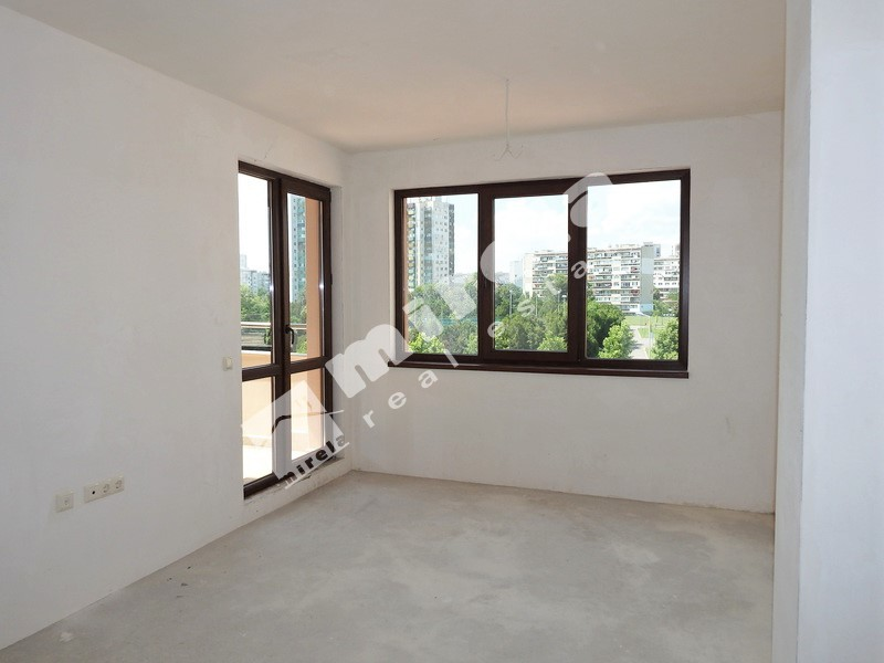 For Sale 1 Br Apartment City Of Bourgas Izgrev