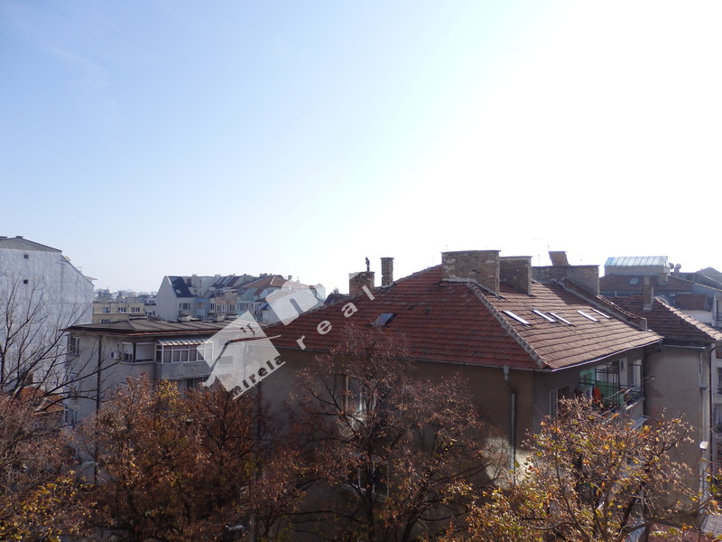 For Sale 2 Bedrooms City Of Bourgas Vazrazhdane 81 Sq M