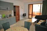 Продава ДВУСТАЕН апартамент/ ВАКАНЦИОНЕН АПАРТАМЕНТ, област Бургас, к.к Слънчев бряг, 68кв.м,   € 44880